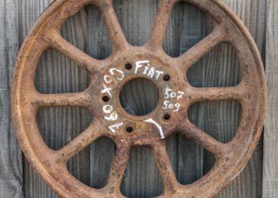 Ancienne roue avant décapage