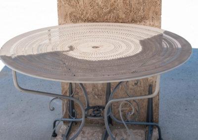 Table métallique en cours
